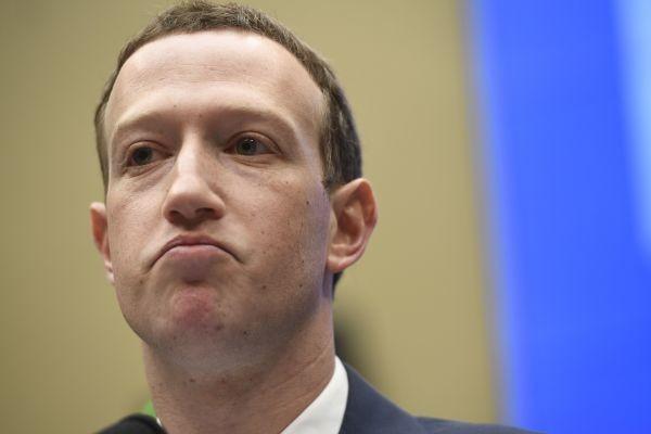 Facebook officially loses $123 billion in value