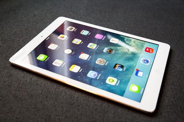 iPad Air Review: Apple Makes Big Tablets Beautiful All Over Again