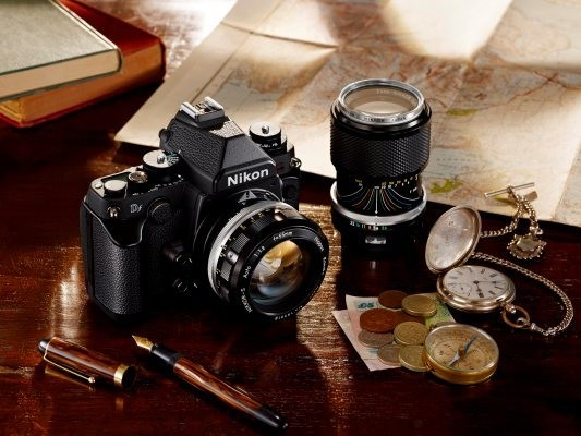 Nikon Df Is The Latest In That Last Refuge Of The Standalone Camera – Retro Chic