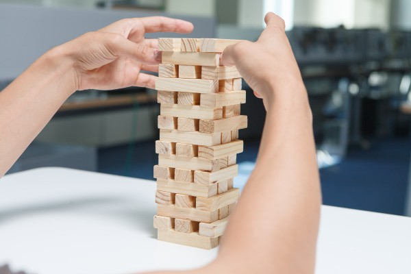 Why Big Companies Keep Failing: The Stack Fallacy