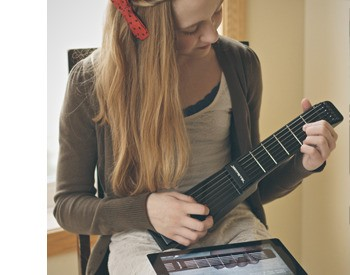 Zivix Announces Wireless iOS Connectivity For The Jamstik MIDI Guitar