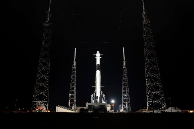 Watch SpaceX launch a twice-flown Dragon capsule to the ISS live