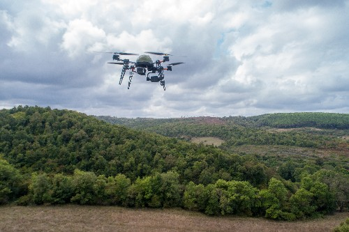 Despite objection, Congress passes bill that lets U.S. authorities shoot down private drones