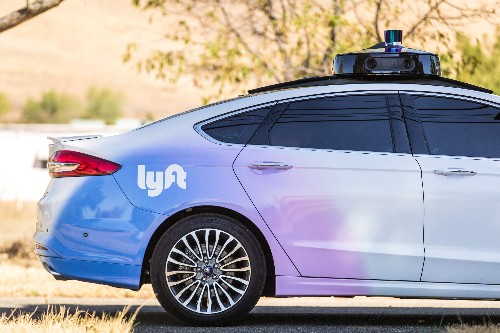 Lyft is adding Chrysler Pacificas to its AV fleet and opening a new dedicated self-driving test facility