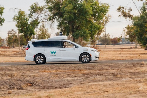 Waymo expands autonomous driving partnership with Fiat Chrysler