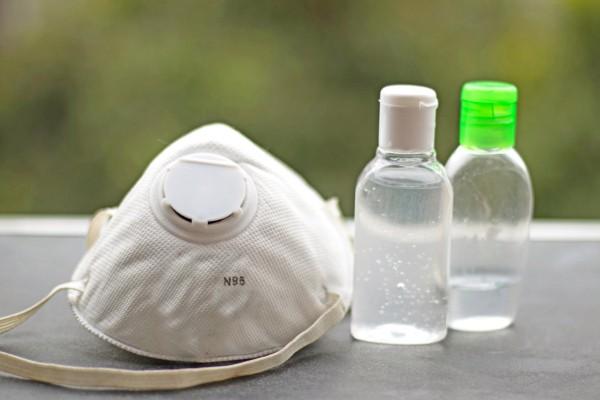 Duke University uses vaporized hydrogen peroxide to clean N95 face masks for reuse – TechCrunch
