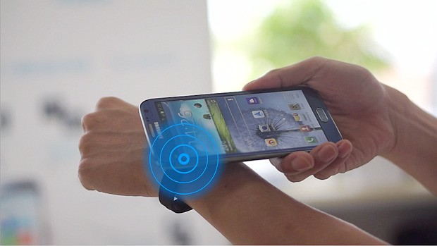 Haloband Lets You Control Your Smartphone With A Tap On Your Wrist