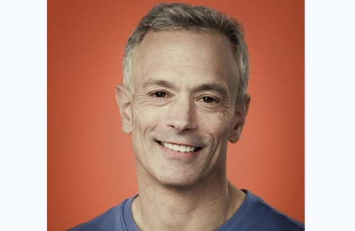 Y Combinator promotes Geoff Ralston to president, while Sam Altman shifts to advisor role