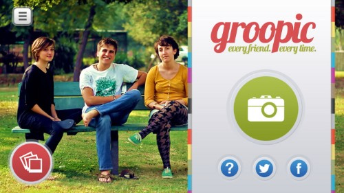 Groopic For iPhone Mashes Up Group Photos To Include The Missing Photographers
