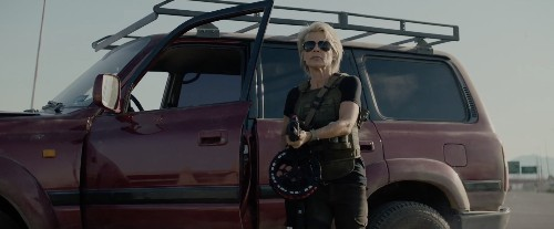 Sarah Connor returns in the teaser trailer for 'Terminator: Dark Fate'
