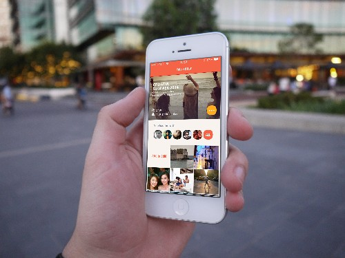 Flashgap Is A Time-Delayed Photo-Sharing App Inspired By 'The Hangover' Movie