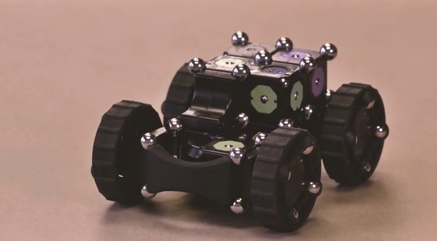 Building On Cubelets, MOSS Is A More Flexible Modular Robotics Construction Kit For Making Lots Of DIY Bots