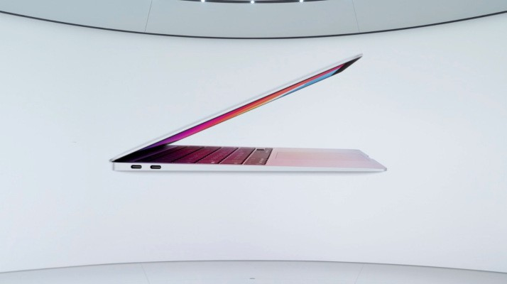 This is the new $999 MacBook Air, powered by Apple silicon