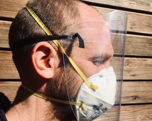 NYU makes face shield design for healthcare workers that can be built in under a minute available to all – TechCrunch