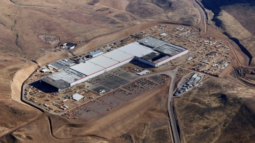 Tesla to reduce on-site staff at Nevada gigafactory by 75% – TechCrunch