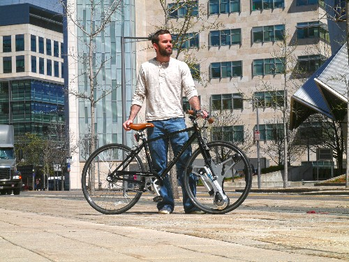 GeoOrbital's wheel turns almost any bike into an electric bike