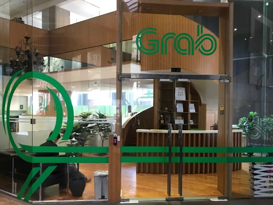 Southeast Asia's Grab partners with MasterCard to offer prepaid cards