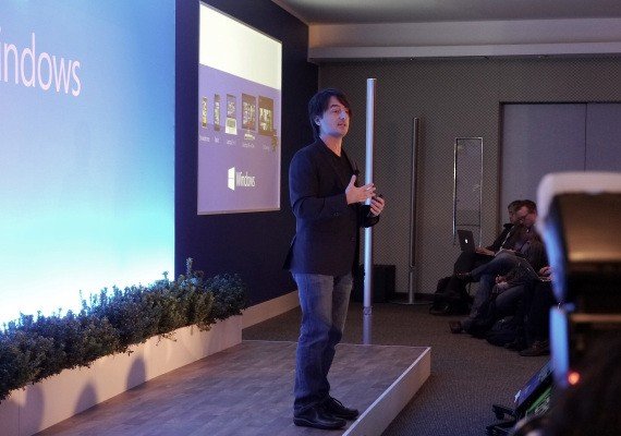 """We Love Touch"" But Windows 8.1 To Focus On Non-Touch; Windows Phone Eyes Wide-Ranging OEM Plan"