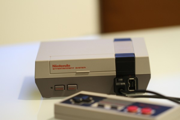 Nintendo's NES Classic Edition is a lovely piece of self-contained 80s nostalgia