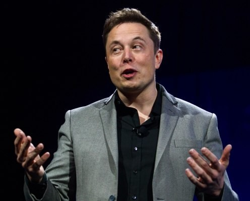 SpaceX is awarded its first national security contract