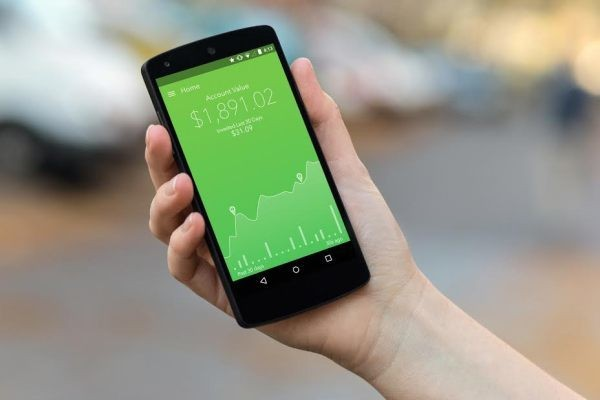 Mobile savings and investment service Acorns is on track to do 1 billion trades in 2017