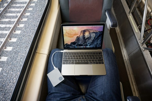 Voltus Gives The 12-Inch MacBook A Battery Boost, Two New USB Ports