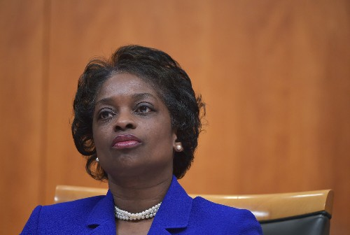 FCC Commissioner Clyburn guts anti-net neutrality order in extended dissent