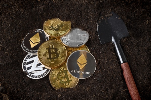 TrustToken opens its dollar-backed cryptocurrency to accredited investors
