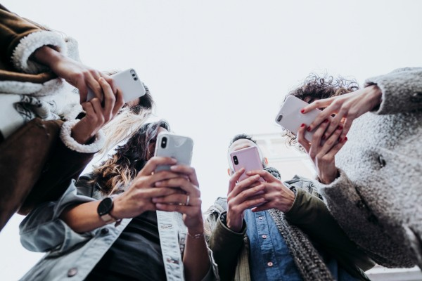 Global smartphone shipments set to drop 12% in 2020