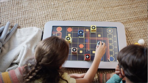 PlayTable uses blockchain to connect video games and physical objects