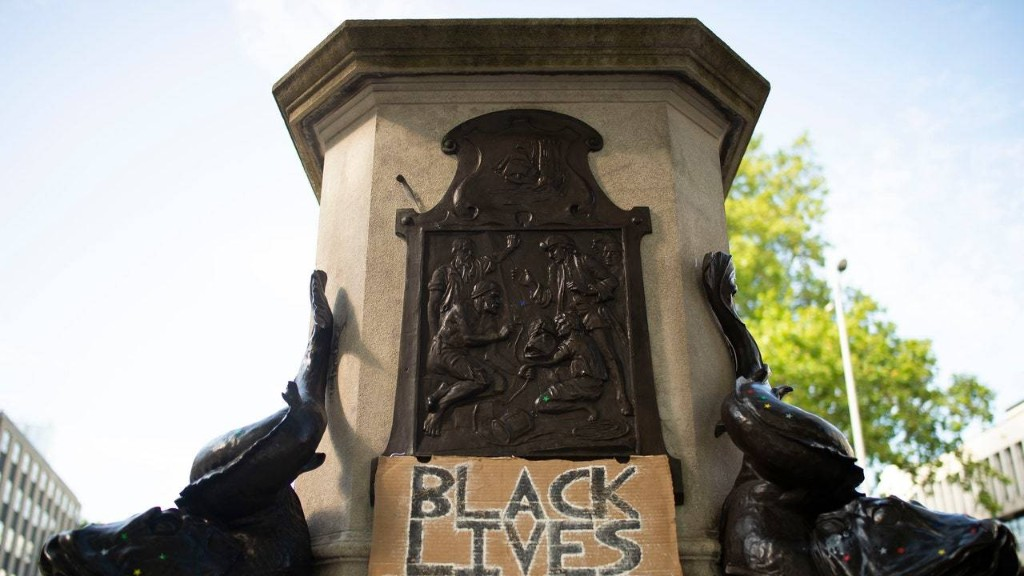 Confederate Monuments Getting Removed By Protesters Is a Statement of People Power