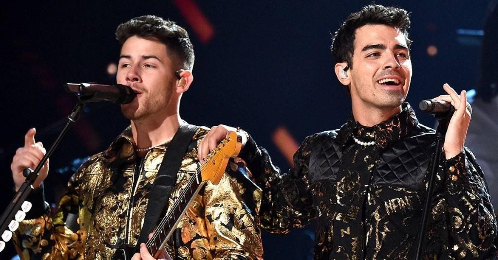 Joe Jonas Wears Face Mask With Nick Jonas's Smile on It