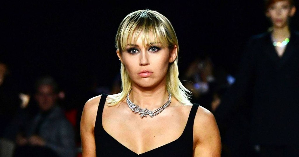 """Miley Cyrus Drops New Song """"Midnight Sky"""" After Reported Cody Simpson Break Up"""