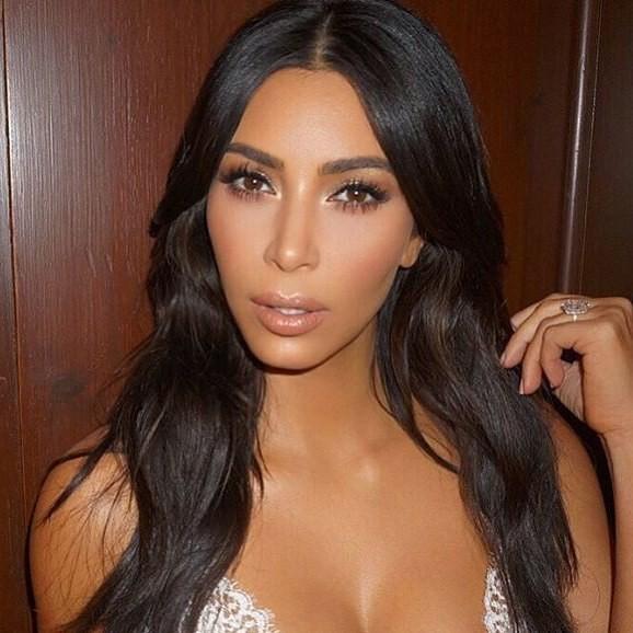 The Kardashians And Jenner - Magazine cover