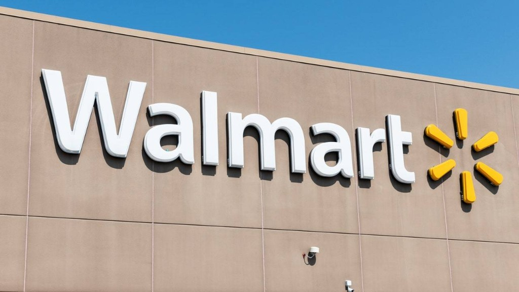 """Walmart Will Stop Selling """"All Lives Matter"""" T-Shirts Online Following Backlash"""