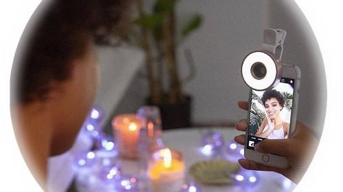 7 Best Ring Lights in 2020 For TikTok, Youtube, and Vlogs