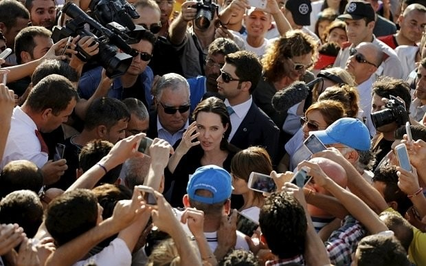 Angelina Jolie visits Syrian refugee camp in Turkey