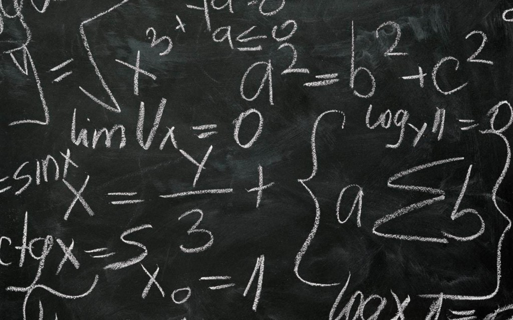 Replacing blackboards with interactive whiteboards was a waste of money, Education Secretary says