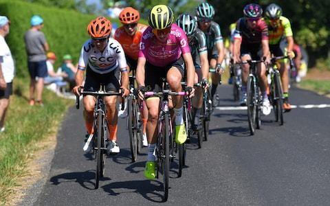 Tour de France officials planning women's race 'on par with men's offering'