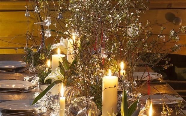 How to make a unique Christmas flower arrangement