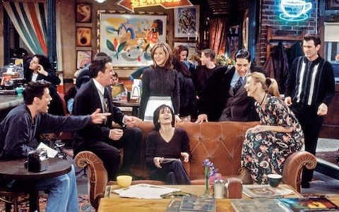Behind the scenes on the set of Friends