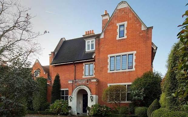 House prices: Has luxury London bubble finally burst?