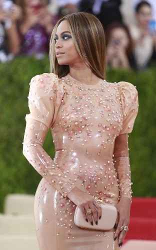 """""""You have to moisturise so it slips on"""": Meet the woman behind Beyonce's latex dress"""