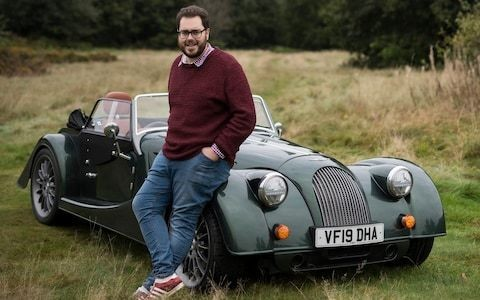 Life in the sloe lane: hedgerow foraging in a Morgan Plus Six