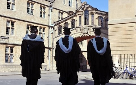 Oxford University agrees to let in disadvantaged students with lower grades