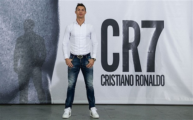 Cristiano Ronaldo forced to go it alone in pursuit of greatness at Real Madrid