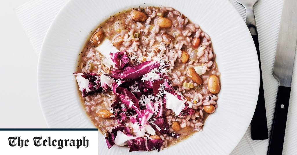 Borlotti bean, radicchio and red wine risotto recipe