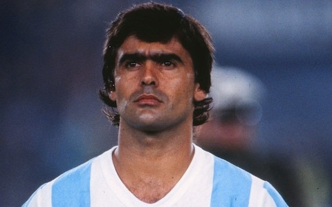 José Luis Brown, footballer who opened the scoring for Argentina on the way to victory in the 1986 World Cup final – obituary