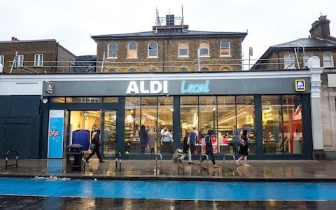 Aldi ramps up assault on London grocery market