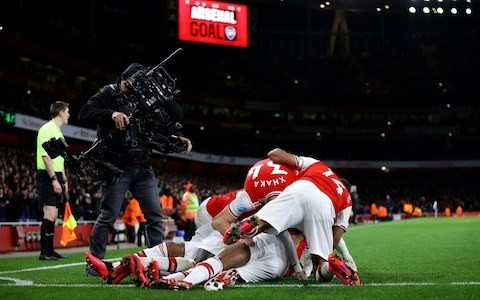 Arsenal turn on the style in second half with four-goal blitz against Newcastle